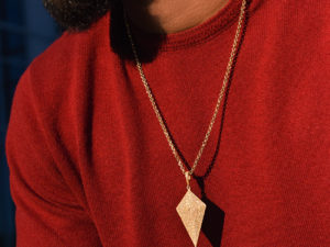 ARROW HEAD DIAMOND PENDANT & CHAIN 2