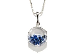 Sapphire Shaker Pendant - Necklace - 5th and Envy